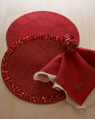 traditional-table-linens